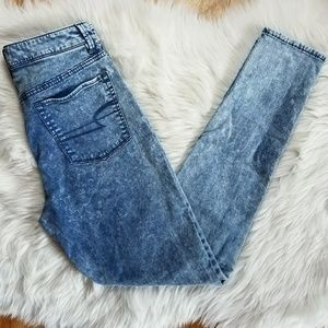 American Eagle Acid Wash Sky High Jeggings